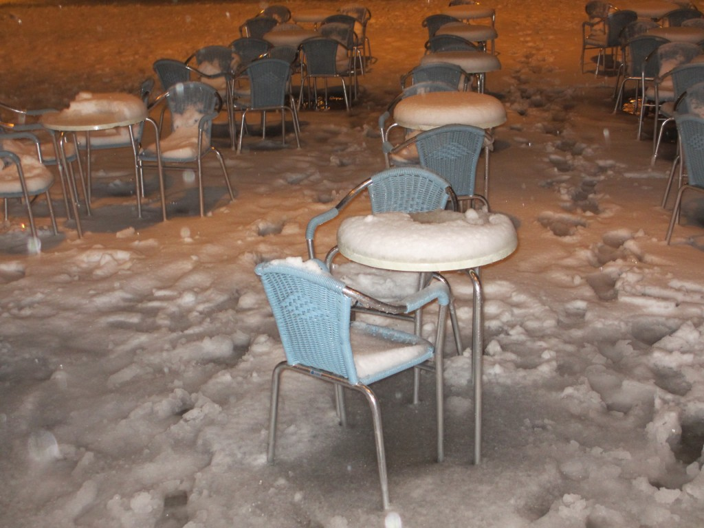 Eine nasskalte Nacht auf dem Markusplatz (Foto R.W.)