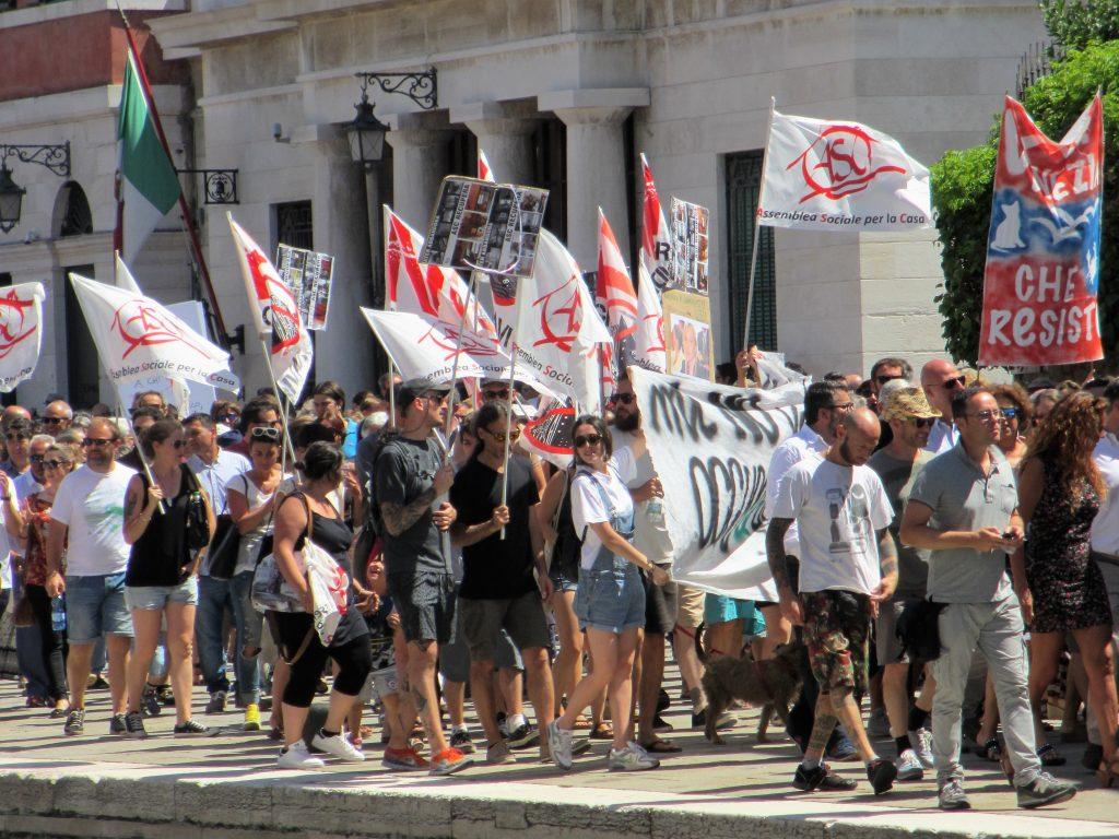Das sind Venezianer, nicht Touristen (Foto R.W.)